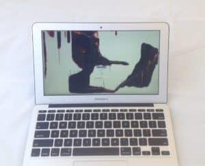 A1370 Broken Screen