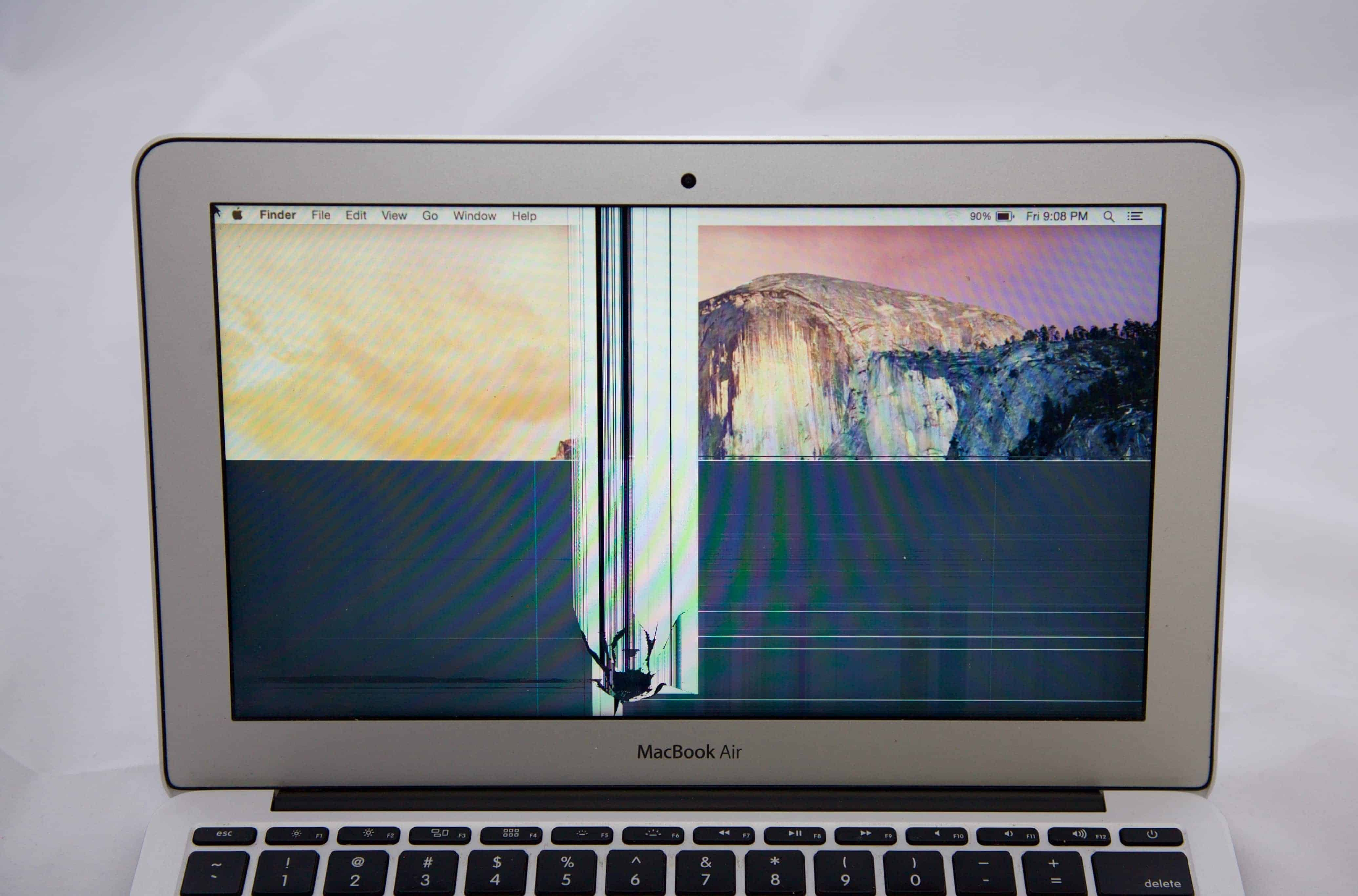 how to connect screen to macbook air